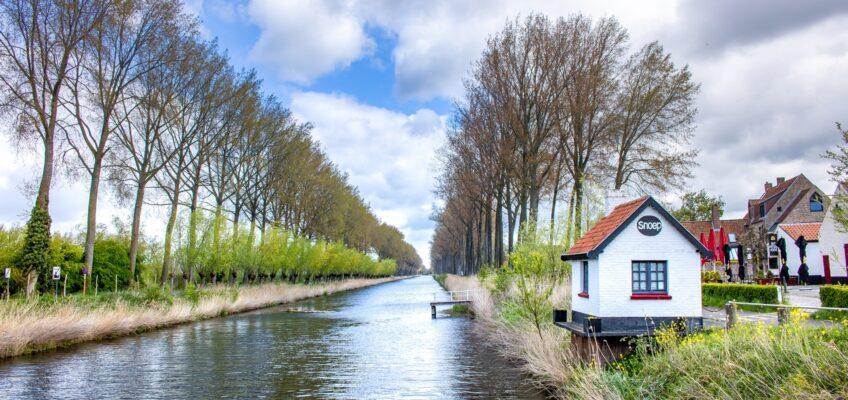 Wandeling over de stadswallen van Damme