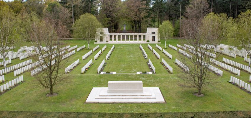 In Flanders Fields: Buttes New British Cemetery – Zonnebeke